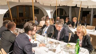 005 Business Lunch 19.03.2014